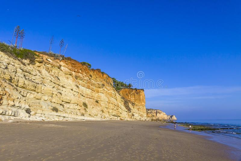 O Praia faz a praia de Porto de MOS em Lagos, o Algarve, Portugal imagens de stock royalty free