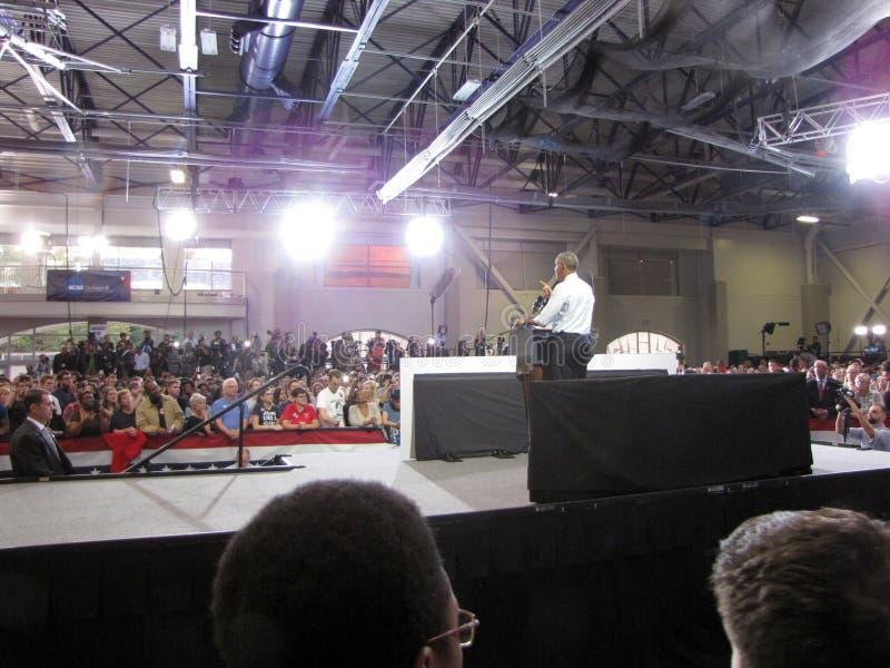 O presidente Obama dá um discurso imagem de stock