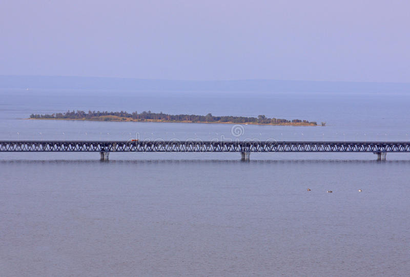 O presidente Ponte em Ulyanovsk imagem de stock royalty free