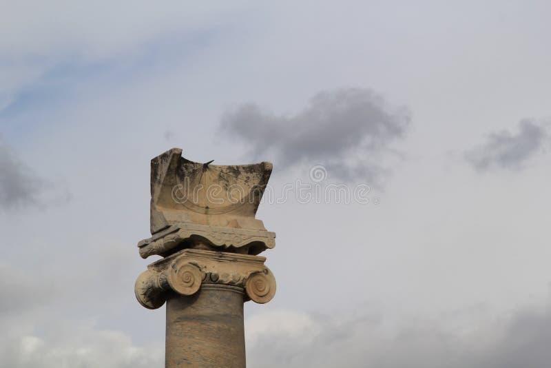 O pulso de disparo de pedra velho do sol em Pompeii, Itália fotografia de stock royalty free