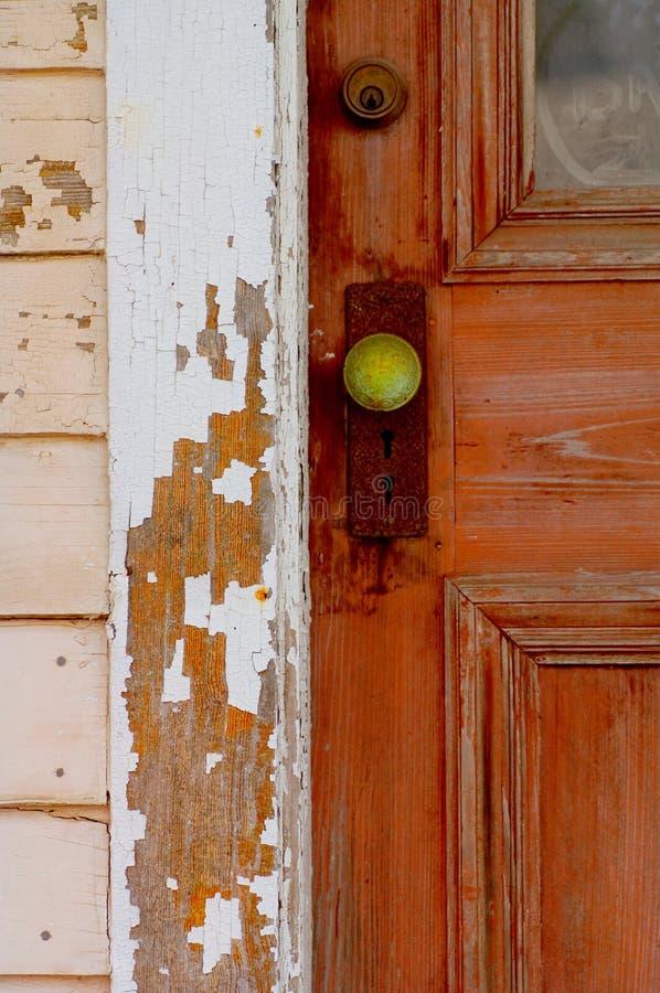 O punho de porta verde fotografia de stock royalty free