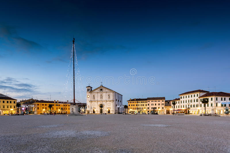 O quadrado de Palmanova, fortaleza venetian em Friuli Venezia Giu imagens de stock royalty free