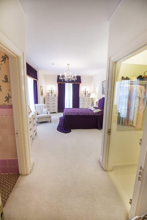O quarto dos pais de Elvis Presley imagem de stock royalty free