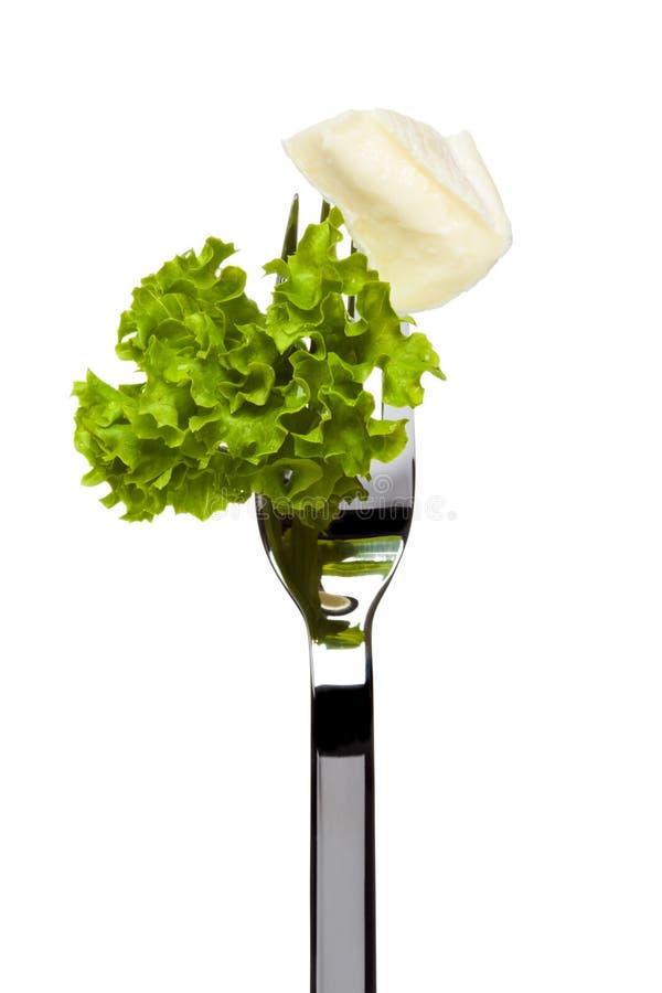Download O Queijo E A Alface Do Camembert Sticked Na Forquilha Imagem de Stock - Imagem de alface, saudável: 16865331