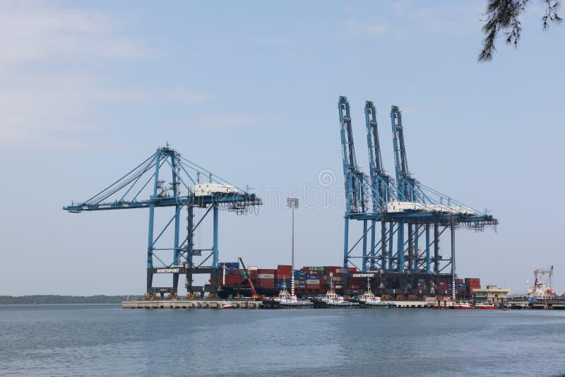O recipiente cranes em trabalhos, porto norte, porto Klang, Malásia imagens de stock