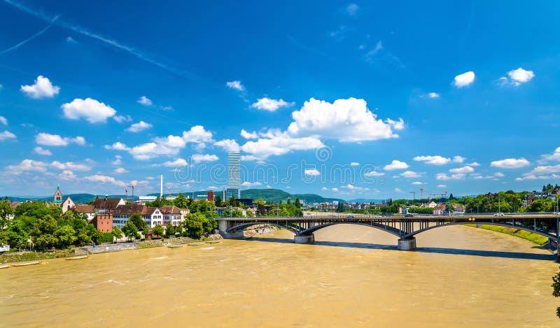 O Rhine River em Basileia, Suíça fotos de stock royalty free