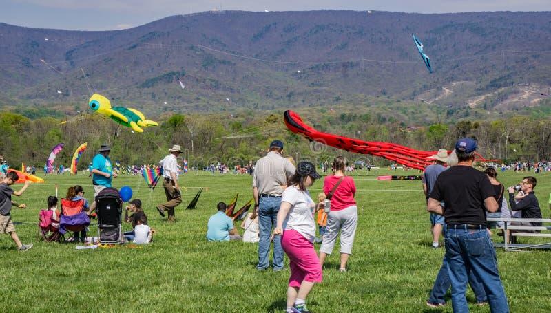 19o Ridge Kite Festival azul anual imagem de stock