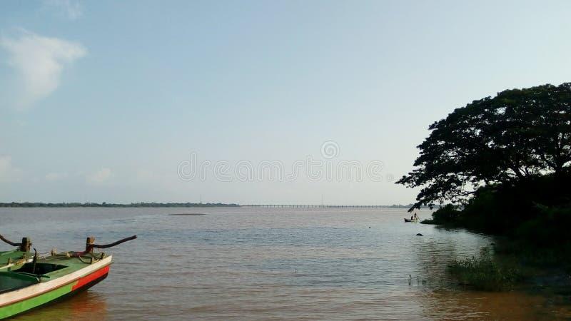 O rio foto de stock
