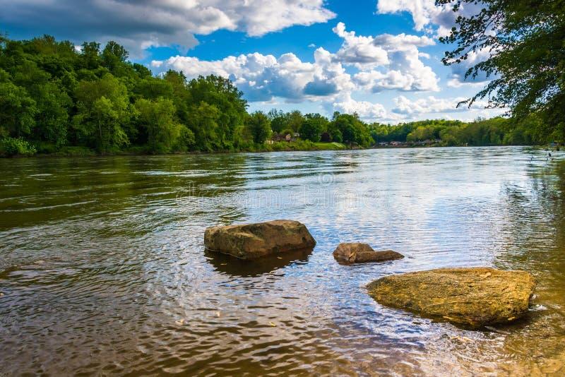 O Rio Delaware, ao norte de Easton, Pensilvânia fotos de stock