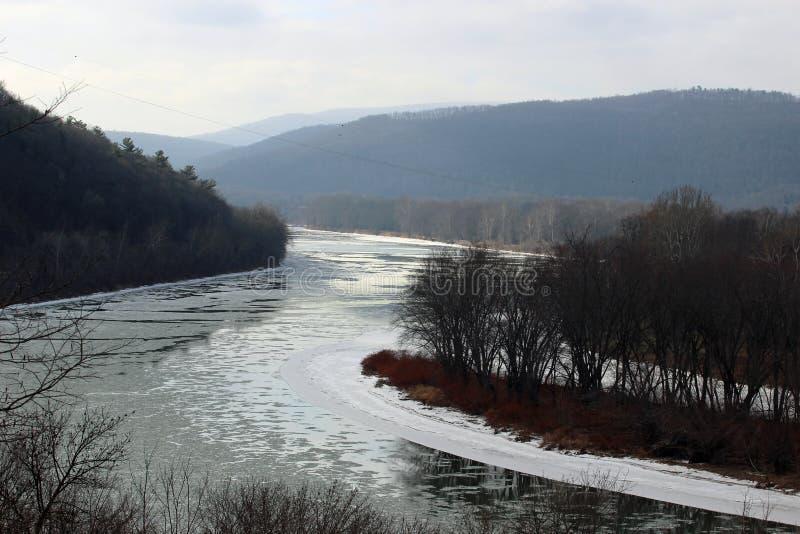 O Rio Susquehanna gelado imagens de stock