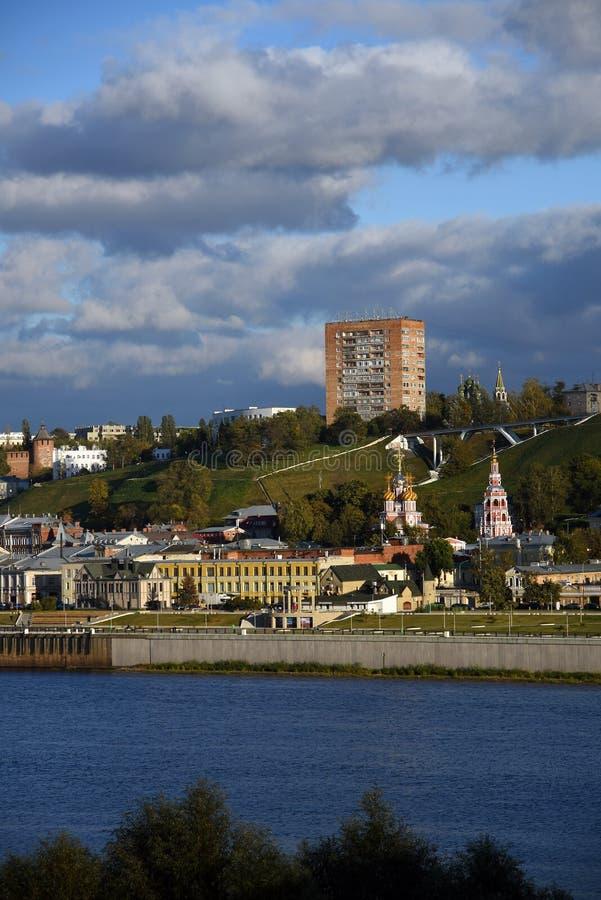 O Rio Volga, o rio de Oka e Kremlin em Nizhny Novgorod, Rússia fotos de stock royalty free