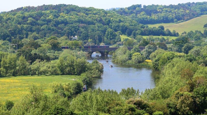 O RiverThames em Inglaterra fotos de stock