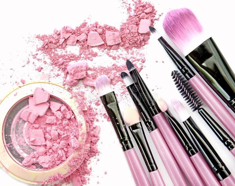 O rosa pastel compõe a sombra para os olhos no branco fotografia de stock royalty free