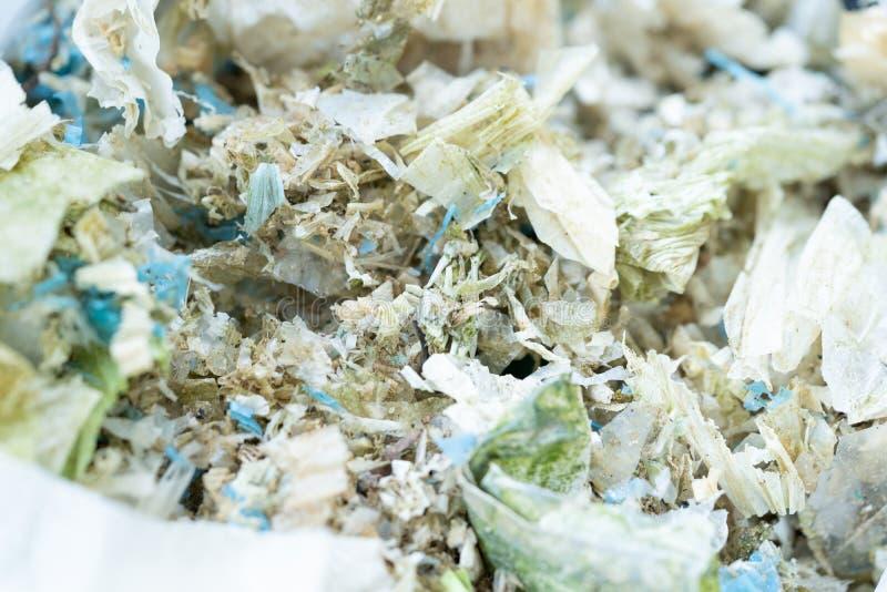 O saco de pl?stico desperdi?a a degrada??o para reciclado foto de stock royalty free