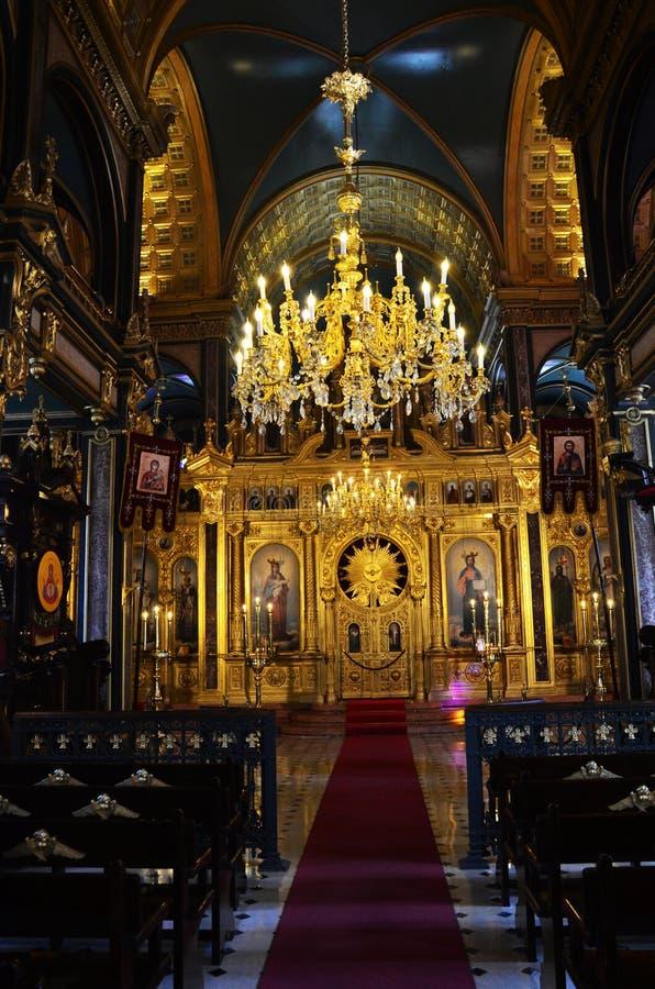 O salão principal da oração com um altar na igreja do St Stephen Bulgrian em Istambul igualmente conhecida como a igreja do fe fotografia de stock royalty free