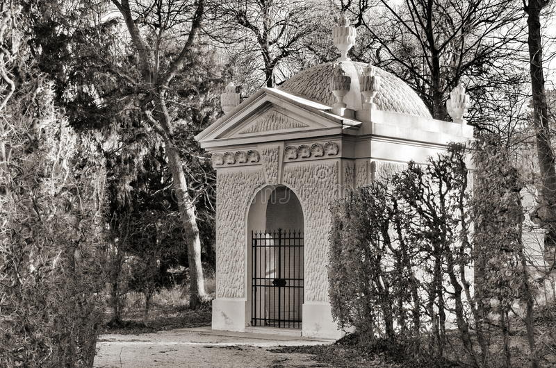 O Schoner Brunnen nos jardins de Schonbrunn imagem de stock
