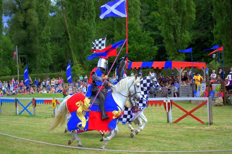 O Scottish Knights a armadura medieval imagem de stock royalty free