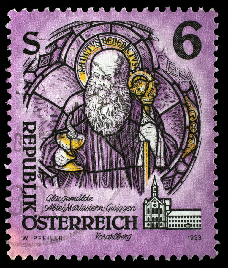 O selo impresso em Áustria dos monastérios e as abadias emitem St Benedict de Nursia, abadia das mostras de Mariastern, Gw foto de stock