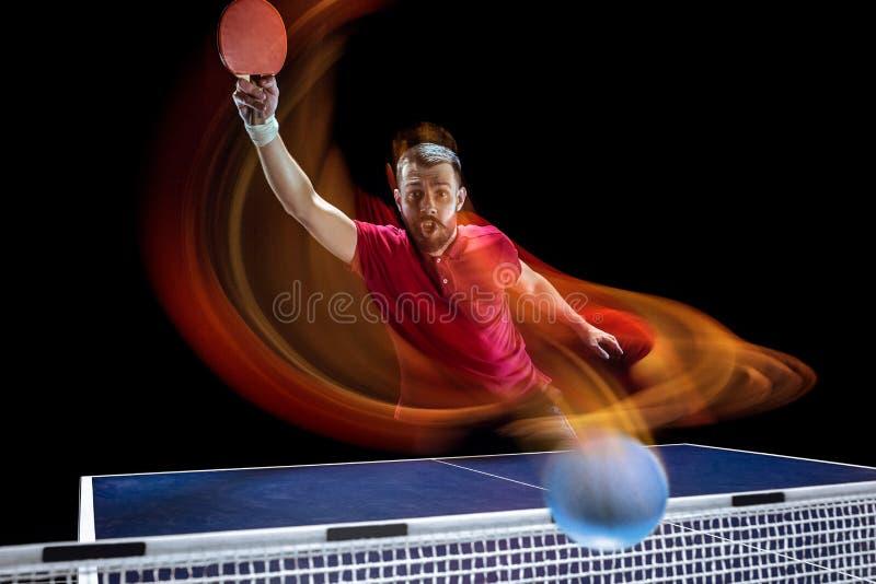 O serviço do jogador de tênis de mesa imagens de stock royalty free