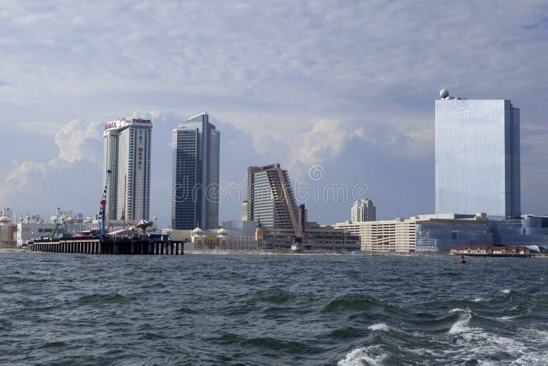 O Showboat, o Taj Mahal e o Revel Casino em Atlantic City imagens de stock