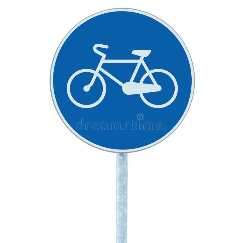 O sinal da pista de bicicleta que indica a rota da bicicleta, grande círculo azul isolou o signage do tráfego da borda da estrada imagem de stock royalty free