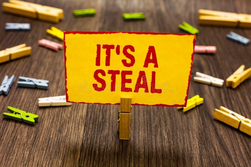 O sinal do texto que mostra lhe s é um roubo Foto conceptual que obtém o Cyber das informações confidenciais que rompe cortando o fotos de stock
