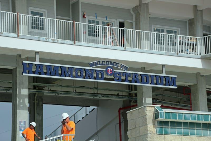 O sinal novo em Hammond Stadium imagens de stock royalty free