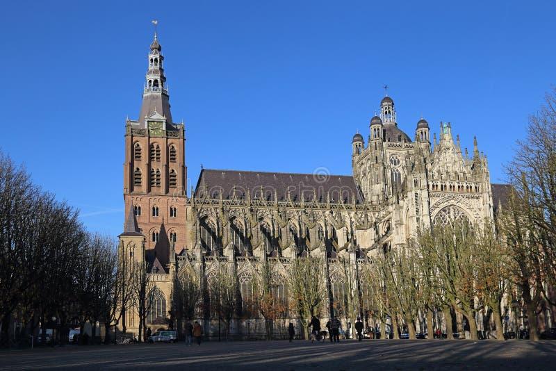 O Sint-Janskathedraal em Den Bosch, Holanda fotografia de stock royalty free