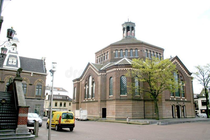 o Sint-Nicolaaskerk (anteriormente grande igreja) é uma igreja Católica em Purmerend, os Países Baixos fotografia de stock royalty free