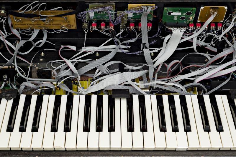 O sintetizador avançado abriu imagens de stock royalty free