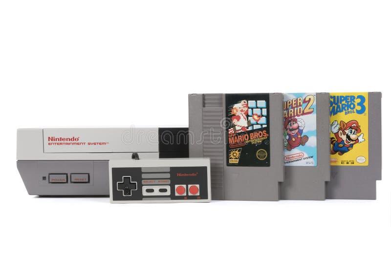 O sistema do entretenimento de Nintendo e Mario Bros Games super imagens de stock royalty free