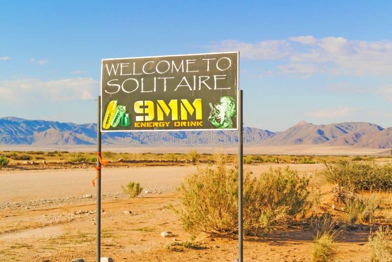 O solitário bem-vindo assina dentro Namíbia imagem de stock royalty free