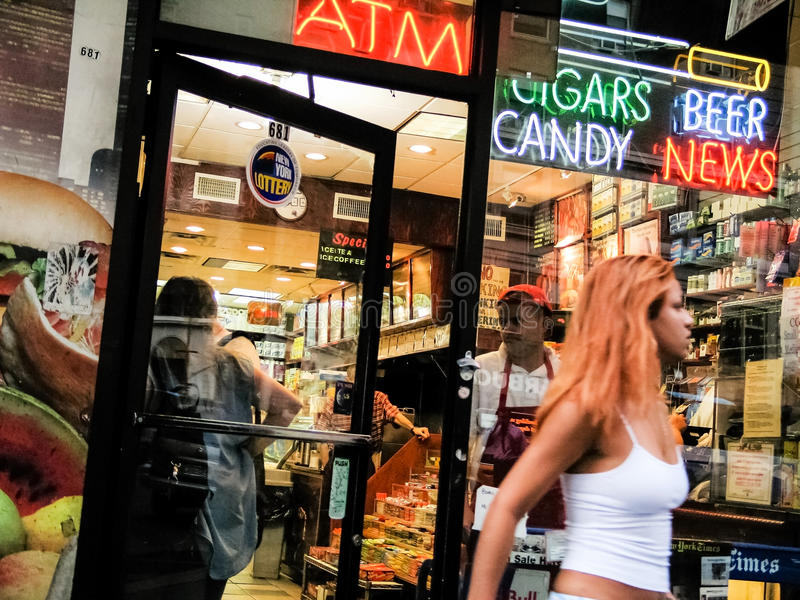 O supermercado fino local de NY fotografia de stock royalty free