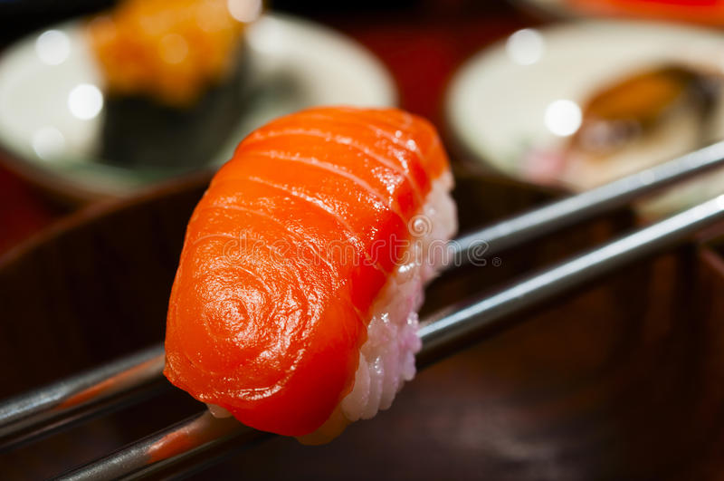Download Sushi Salmon foto de stock. Imagem de frio, combo, completamente - 29828088