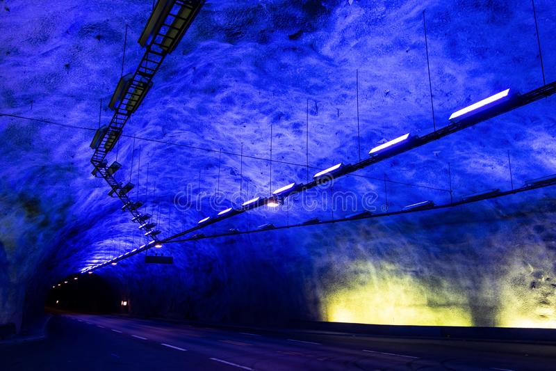 O túnel da estrada a mais longa no mundo Laerdalstunnelen imagens de stock royalty free