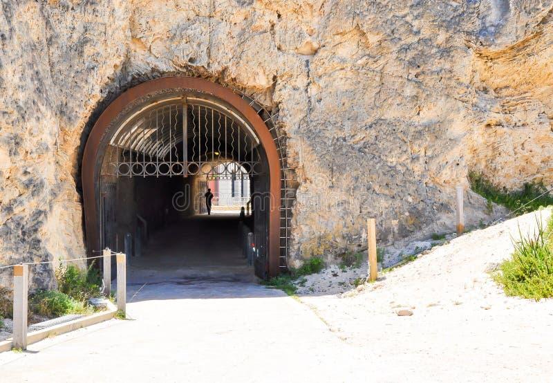 O túnel do baleeiro na pedra calcária: Fremantle, Austrália Ocidental foto de stock royalty free