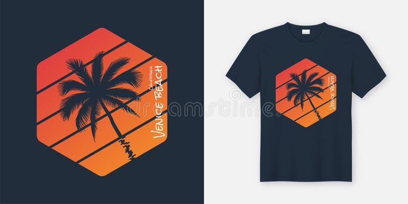 O t-shirt e o fato da praia de Califórnia Veneza projetam, tipografia, ilustração stock