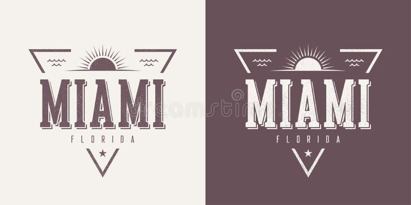 O t-shirt e o fato textured Florida do vetor do vintage de Miami projetam ilustração stock