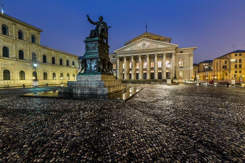 O teatro nacional de Munich imagem de stock