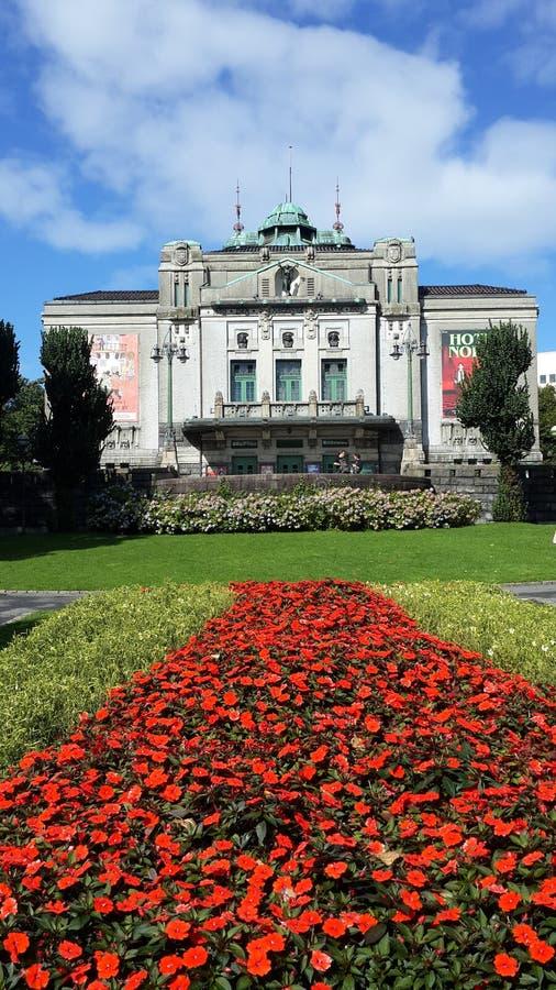 O teatro norueguês o mais velho, situado em Bergen foto de stock royalty free