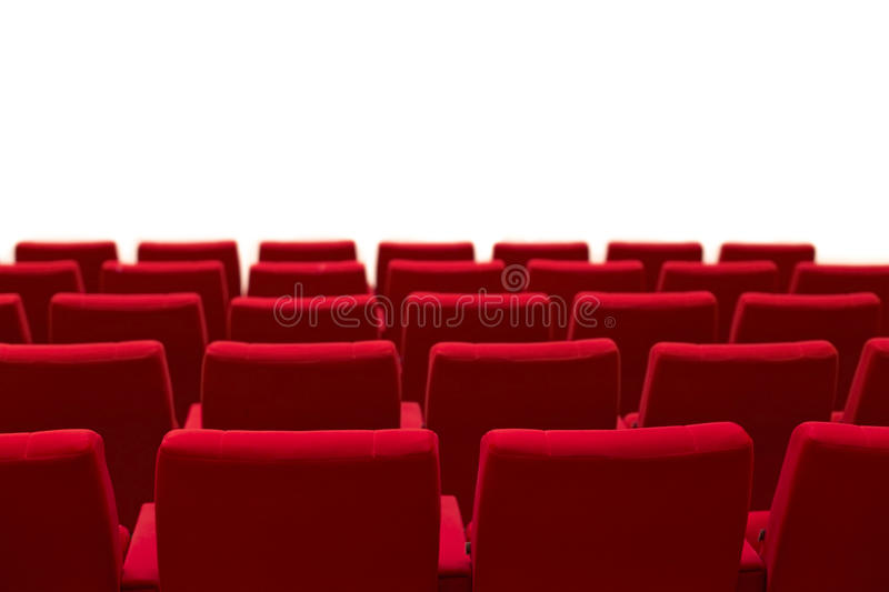 O teatro vermelho e vazio assenta o fundo branco isolado foto de stock royalty free