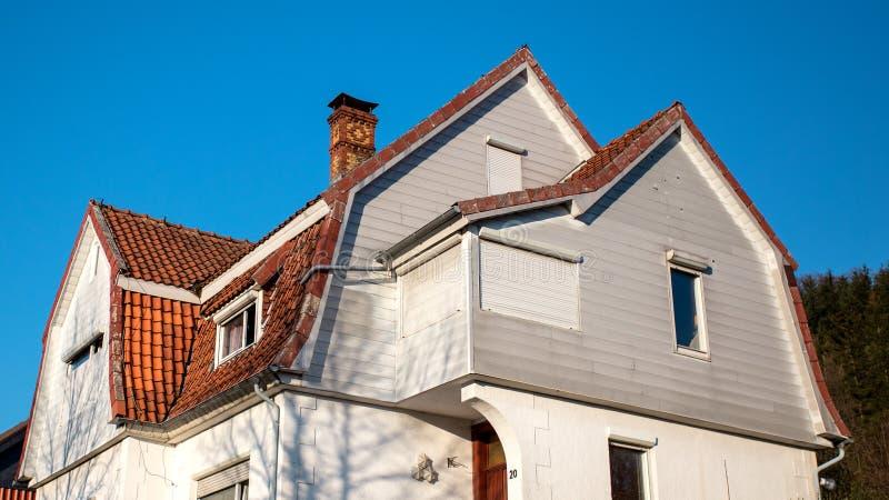 O telhado da casa foto de stock royalty free