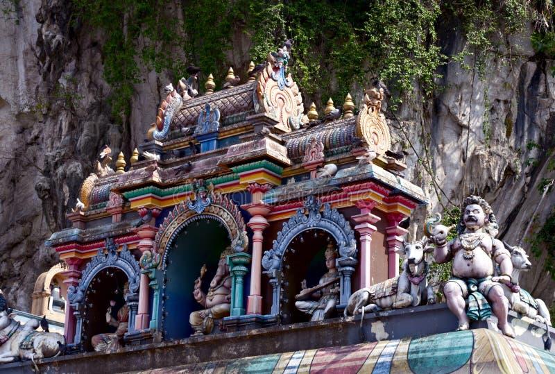 O telhado do templo hindu, Batu desaba, Kuala Lumpur fotografia de stock
