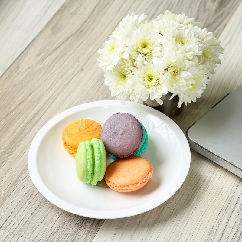 O tema pastel, bom dia ou tem um conceito da mensagem do dia agradável fotos de stock