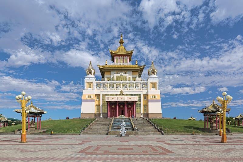 O templo budista principal da república de Calmúquia em Elista, Rússia imagens de stock