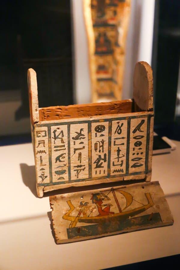 O templo da morgue da rainha Hatshepsut Luxor, Egito fotos de stock royalty free