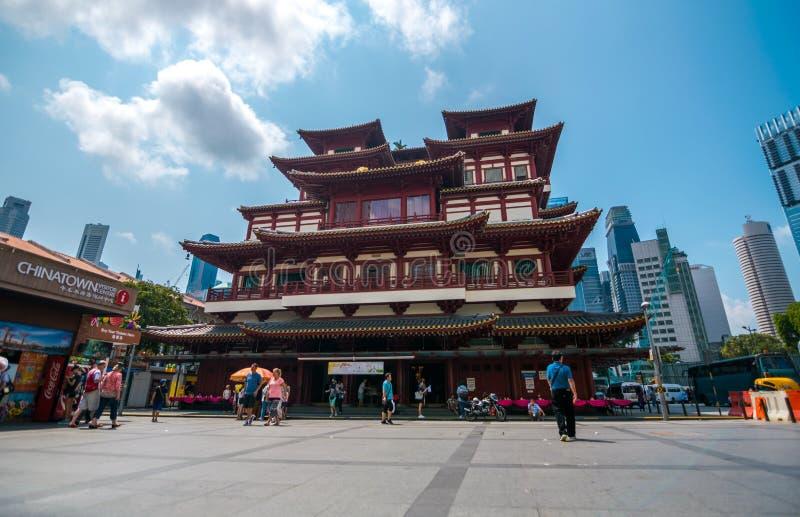 O templo da relíquia do dente de Buddha imagens de stock