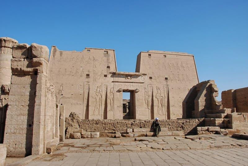 O templo de Edfu, Egipto fotografia de stock royalty free