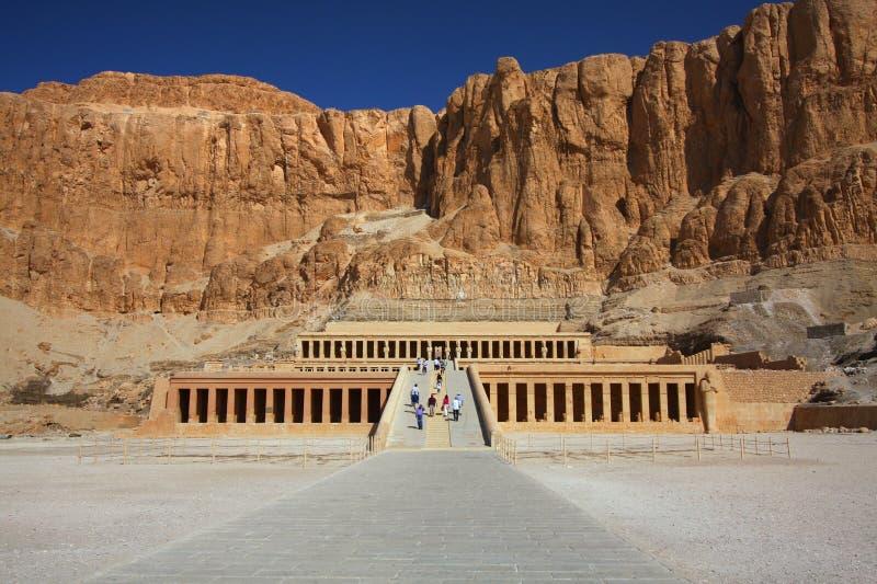 O templo de Hapshepsut em Egipto imagens de stock royalty free