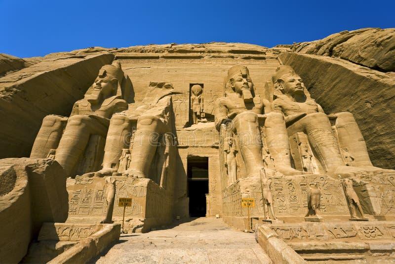 O templo de Ramesses II em Abu Simbel foto de stock